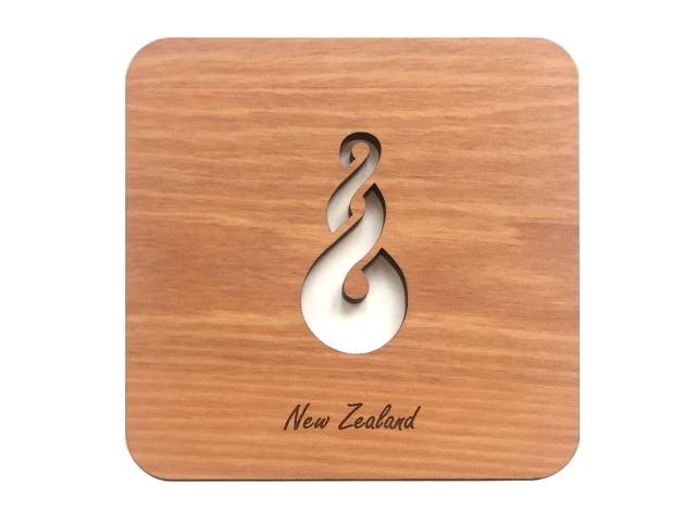 WOODEN COASTERS SET OF 2 MATAI DOUBLETWIST